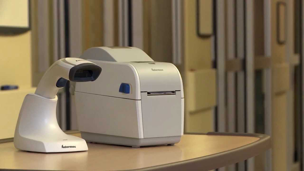 Intermec PC23D in use with scanner